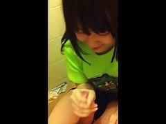 blowjob دختر ناز آسیایی