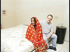 جوجه هند در حرارت gang-banged