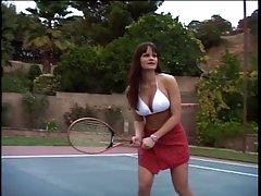 تنیس آماتور در معرض مشاعره بزرگ