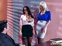 Brazzers - سه نفری سکسی در دفتر