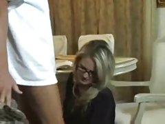 معلم زن دعوت مادر و فرزند خود