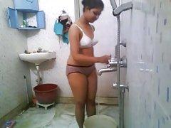 کالج هند بیب در حمام خوابگاه