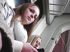 قطار - نشستن در وسط