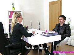 Femaleagent milf رفع ناودانی شکسته قلب با زبان خود