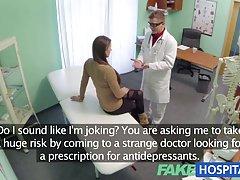 دکتر بیمارستان جعلی داروهای ضد افسردگی برای سکس را انکار می کند