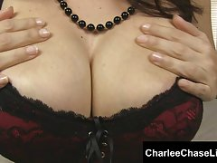 تمپا همسر charlee شکار خروس teases شما!