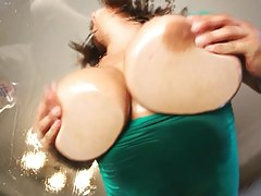 نمایش بزرگ نفتی tity