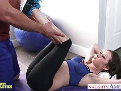 ورزشکار titted کوچک را kendra khaleesi خروس