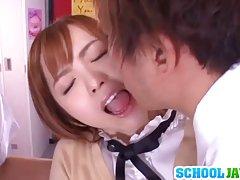 زیبا نوجوان اندام این yuu namiki در لباس مدرسه